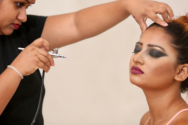 Courses at Makeup School Sri Lanka / Welcome to Pro Makeup